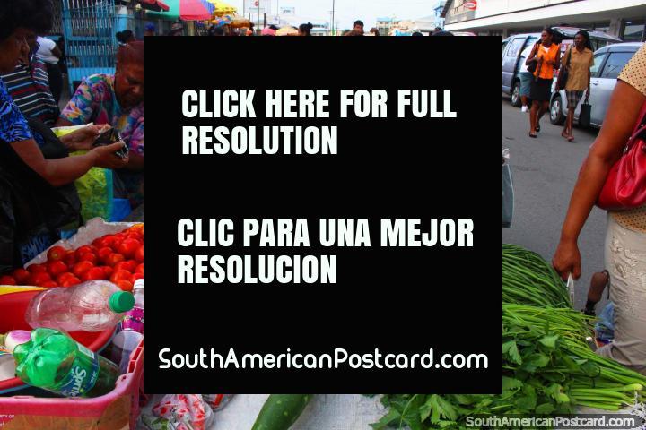 La gente vende sus productos a Stabroek Mercado en Georgetown, Guyana. (720x480px). Las 3 Guianas, Sudamerica.
