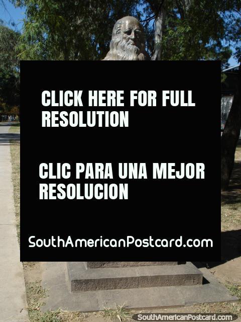 Leonardo de Vinci bust at park Parque San Martin in Salta. (480x640px). Argentina, South America.