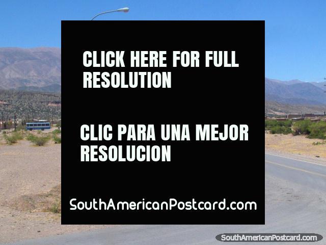 Os arrabaldes de Humahuaca. (640x480px). Argentina, América do Sul.