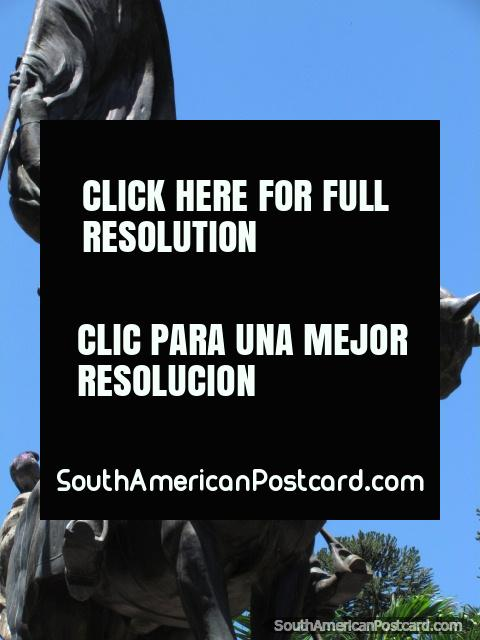 Monumento do general Belgrano em Jujuy. (480x640px). Argentina, América do Sul.