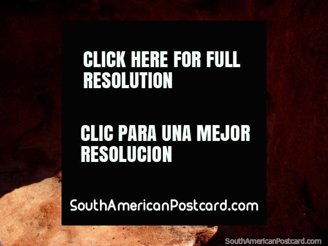 The hole in the rock, Quebrada de las Conchas, Cafayate. (640x480px). Argentina, South America.