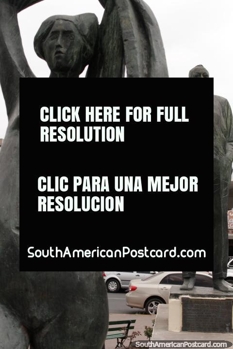 Juan Carlos Davalos (1887-1959), a writer, statue in Salta. (480x720px). Argentina, South America.