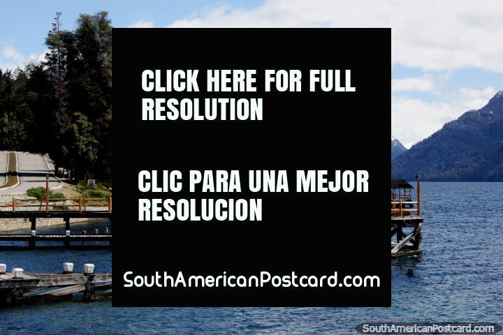 Villa Traful, embarcaderos y lago, un hermoso lugar para pescar o acampar. (720x480px). Argentina, Sudamerica.