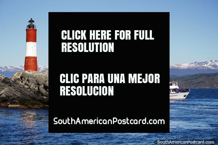 Faro Les Eclaireurs en Ushuaia, este no es el faro en el fin del mundo, contrario a la creencia. (720x480px). Argentina, Sudamerica.