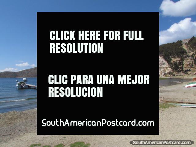 A beach at Isla del Sol at Lake Titicaca. (640x480px). Bolivia, South America.
