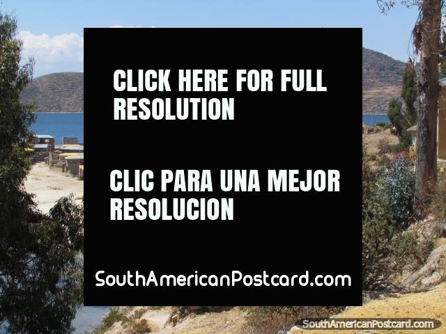 Amazing views at Island of the Sun, Lake Titicaca. (640x480px). Bolivia, South America.