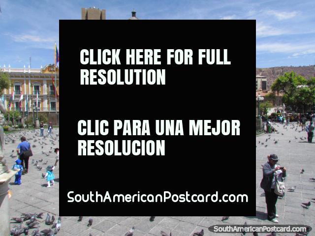Central park in La Paz, Plaza Murillo. (640x480px). Bolivia, South America.