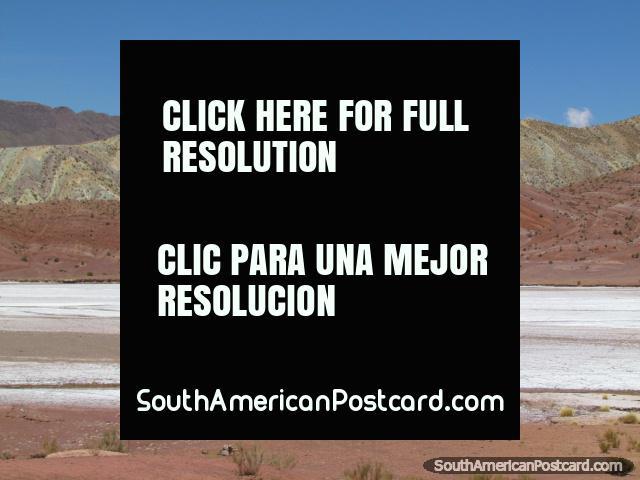 Small salt flats between Pulacayo and Tica Tica. (640x480px). Bolivia, South America.