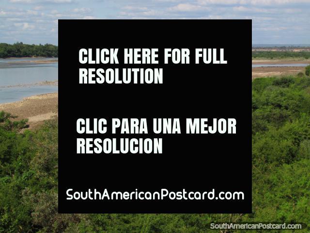 The calm river just south of Abapo, south of Santa Cruz. (640x480px). Bolivia, South America.