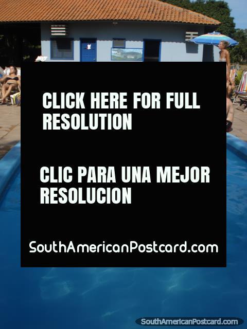 A piscina em Santa Clara, o Pantanal. (480x640px). Brasil, América do Sul.