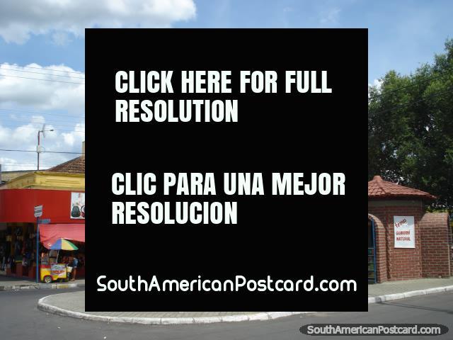 Tiendas en la calle en Boa Vista. (640x480px). Brazil, Sudamerica.