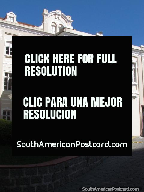 Posible un edificio de la embajada extranjero, Florianopolis. (480x640px). Brasil, Sudamerica.