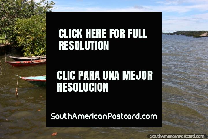 Open waters in the bay at Alter do Chao, a beautiful place 1hr from Santarem. (720x480px). Brazil, South America.
