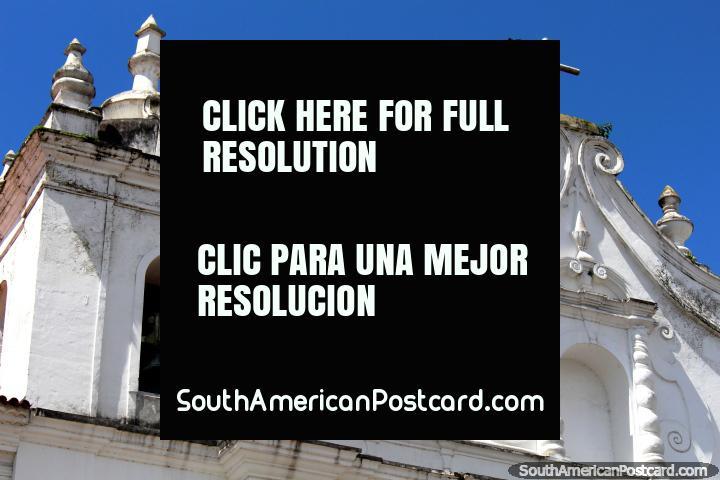 A parte superior da fachada de Igreja da Se em Belém. (720x480px). Brasil, América do Sul.