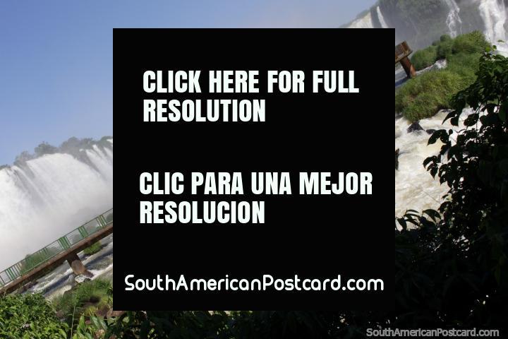 Do not miss Foz do Iguacu, you will love it! (720x480px). Brazil, South America.