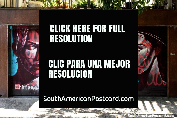 Like 3 women from a Robert Palmer video, great mural in Vila Madalena in Sao Paulo. (720x480px). Brazil, South America.