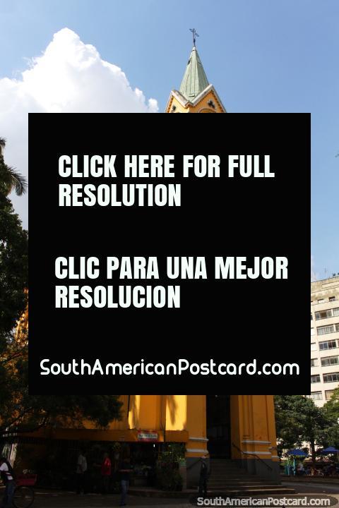 Igreja fazem Rosario dos Homens Pretos (1906), igreja de ouro em São Paulo. (480x720px). Brasil, América do Sul.
