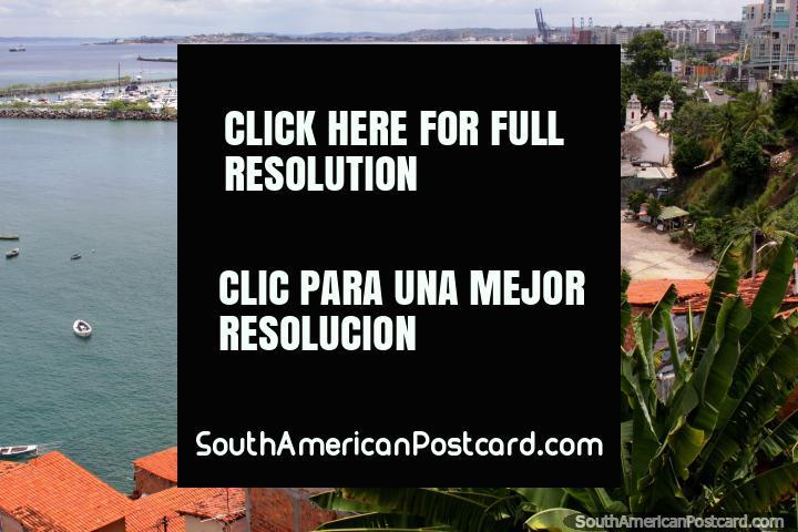 As belas visões do Salvador como desço de Pelourinho ao mar. (720x480px). Brasil, América do Sul.