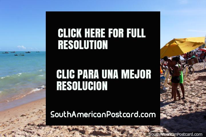 Looking southward along Pajucara Beach, the main city beach in Maceio. (720x480px). Brazil, South America.