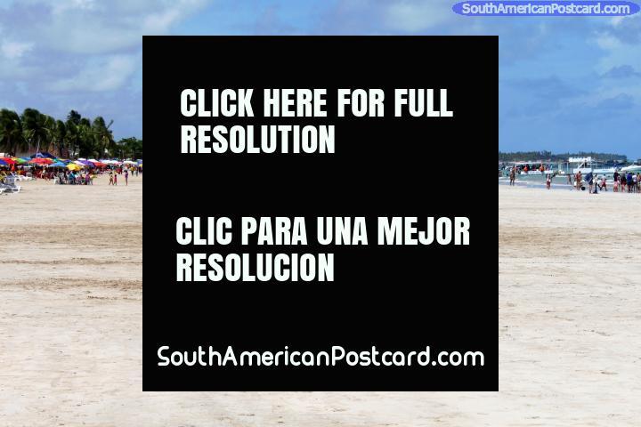 La playa en Maragogi, amplia y abierta y mucho menos gente que Maceio! (720x480px). Brasil, Sudamerica.
