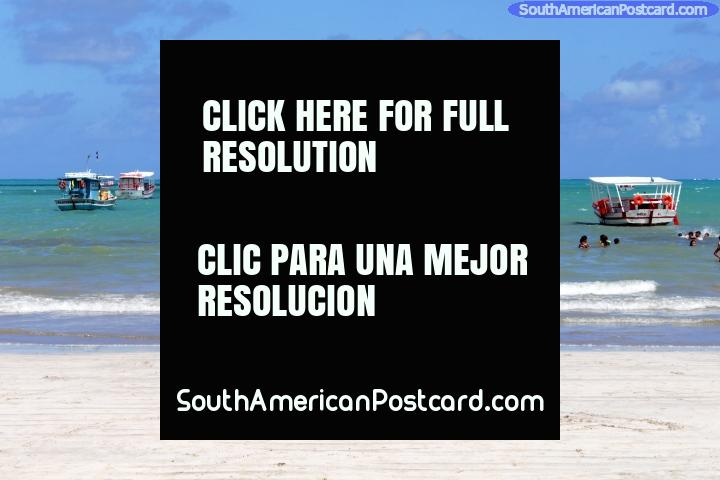 Las aguas de la playa de Maragogi son conocidas por ser bastante tranquilas. (720x480px). Brasil, Sudamerica.