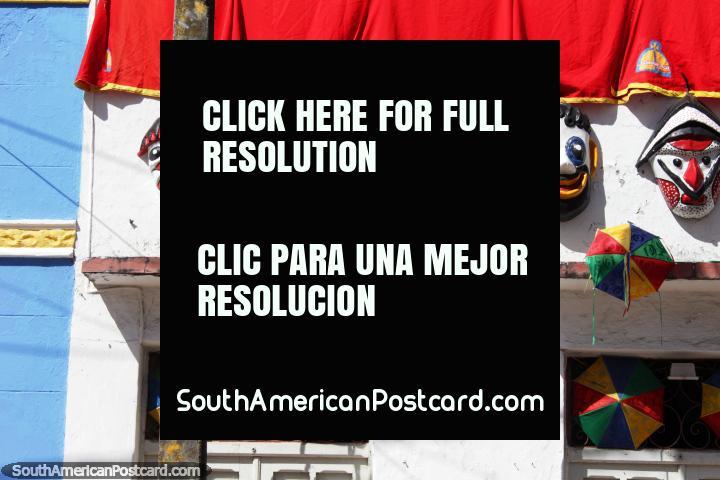 Carnaval caras y sombrillas, casas decoradas en Olinda. (720x480px). Brasil, Sudamerica.