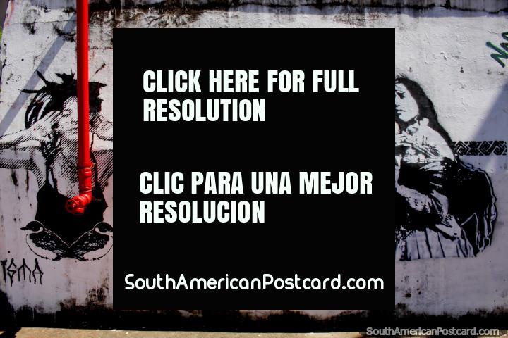 O homem toca a flauta, 2 mulheres mais velhas e mais jovens, arte de rua em Rio Branco. (720x480px). Brasil, América do Sul.