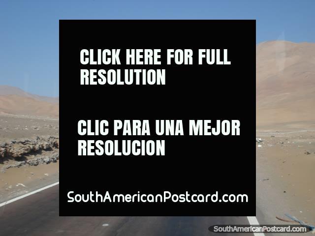 La carretera del Panamericana hacia Arica desde el sur. (640x480px). Chile, Sudamerica.