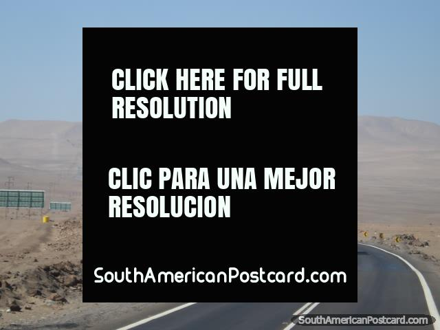 The 5hr journey from Iquique to Arica along the Pan American highway. (640x480px). Chile, South America.