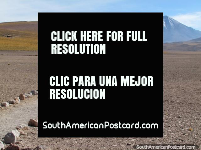 Desert path, snow-capped mountains, views from the lagoons at San Pedro de Atacama. (640x480px). Chile, South America.