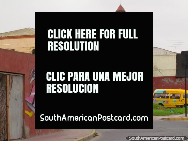 Looking back at Plaza Dr. Elias Sepulveda Veloso in La Serena. (640x480px). Chile, South America.