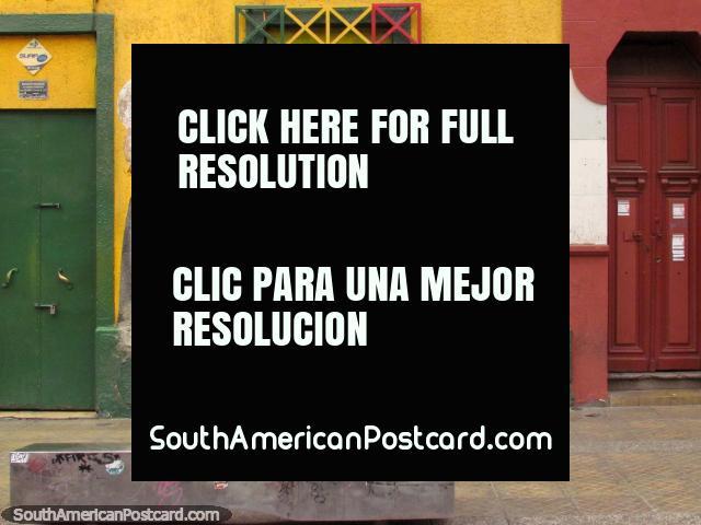 Gregory Isaacs (1951-2010) mural en la pared en Santiago, un músico del reggae Jamaicano. (640x480px). Chile, Sudamerica.