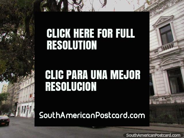 Palacio Edwards in Santiago, formerly Palacio Septiembre. (640x480px). Chile, South America.