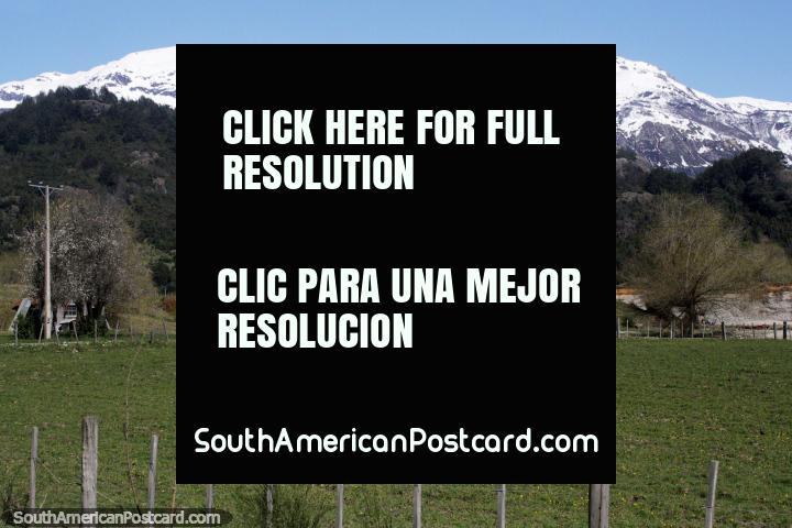 Heading south-west from Futaleufu across farmland in the direction of Villa Santa Lucia. (720x480px). Chile, South America.