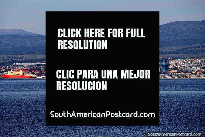 Punta Arenas y el Estrecho de Magallanes, recorrido por la Tierra del Fuego. (720x480px). Chile, Sudamerica.