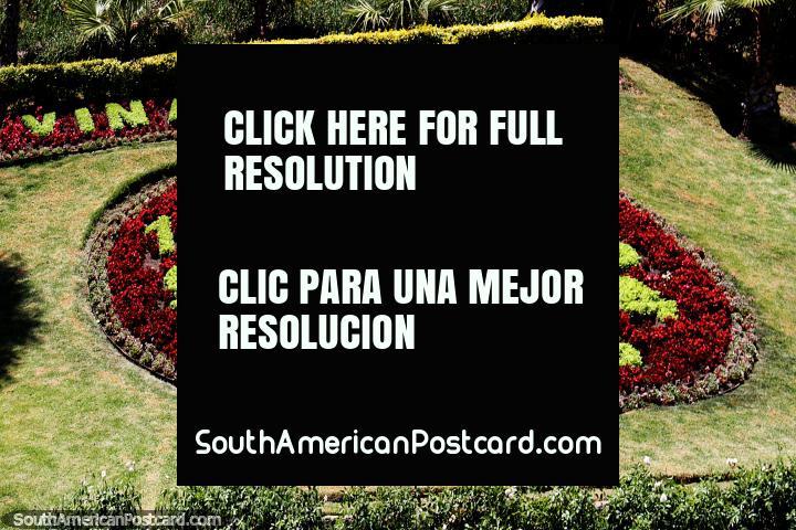 Reloj de flores en Viña del Mar, muy bonito pero ¿dónde están las manecillas? (720x480px). Chile, Sudamerica.