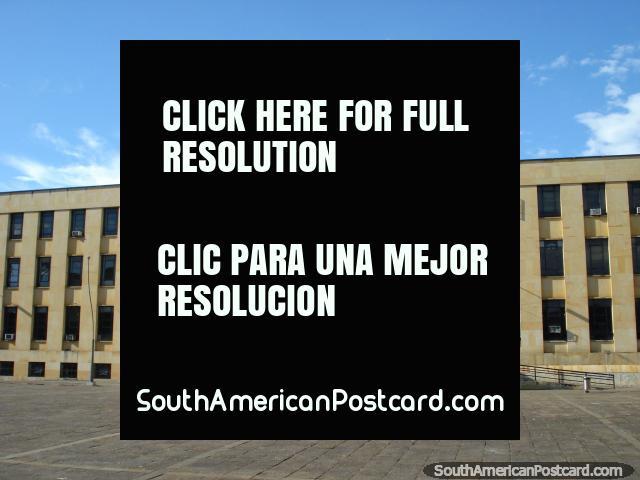 Palacio de Justicia - Vicente Azuero Plata em Bucaramanga. (640x480px). Colômbia, América do Sul.