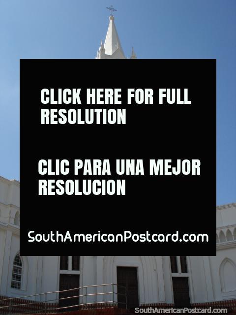 Iglesia Perpetuo Socorro, white church in Cucuta. (480x640px). Colombia, South America.