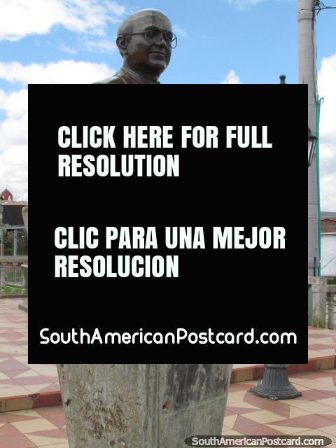 Dr. Hildebrando Giraldo Parra bust in Guatape. (480x640px). Colombia, South America.