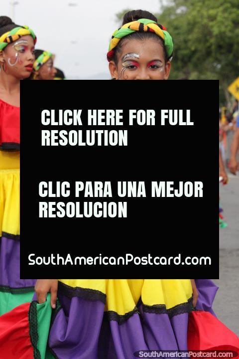 Young woman dressed so fine, Festival of the Sea in Santa Marta, the group Centro Educativo Manuel Jose del Castillo. (480x720px). Colombia, South America.