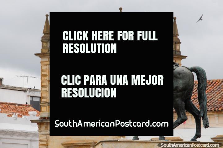 Simon Bolivar on horseback and the Palacio de la Torre (Tower Palace) in Tunja. (720x480px). Colombia, South America.