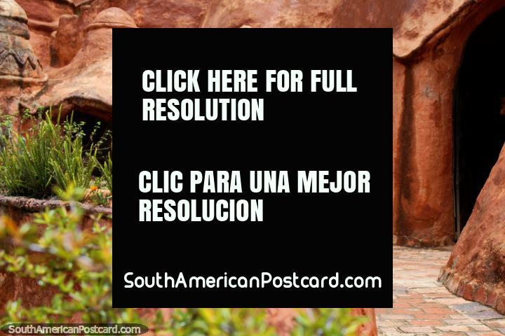 La Casa Terracota es la pieza de cerámica más grande del mundo, Villa de Leyva. (720x480px). Colombia, Sudamerica.