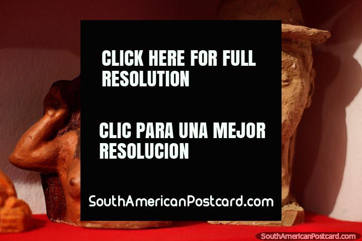 Museu em Villa de Leyva que apresenta os trabalhos de Luis Alberto Acuna, arte esculpida. (720x480px). Colômbia, América do Sul.