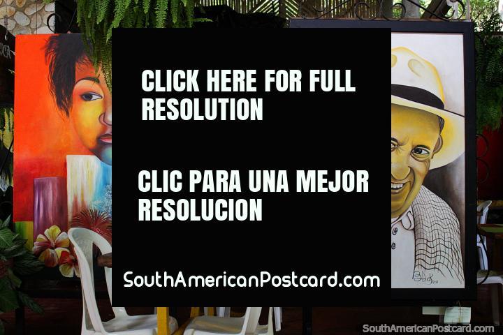 Velho homem colombiano com a pintura de chapéu, coma em La Maloca Restaurante e goste da obra de arte em Ricaurte, Girardot. (720x480px). Colômbia, América do Sul.