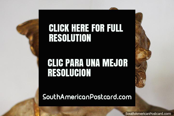 Angel Niño Volando, un ángel de oro en el Museo de Arte Religioso La Merced en Cali. (720x480px). Colombia, Sudamerica.