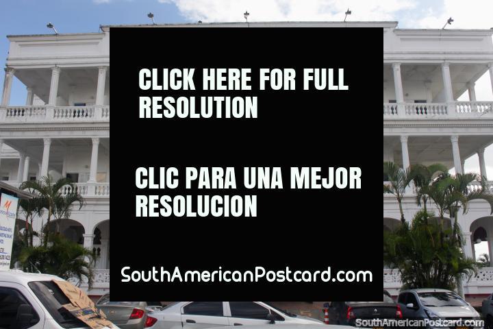 Hotel Tequendama Inn Estacion, um dos hotéis de fantasia de pessoas de negócios em Buenaventura. (720x480px). Colômbia, América do Sul.