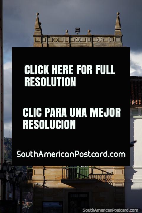 Palácio da Torre, melhor conhecida como Palacio da Torre, construïdo em 1539 em Tunja. (480x720px). Colômbia, América do Sul.