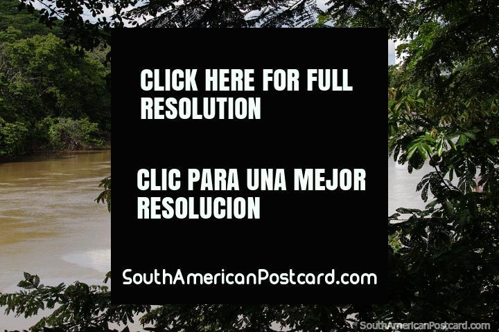 Río Sinú en Montería, muy tranquilo y el punto culminante de visitar la ciudad. (720x480px). Colombia, Sudamerica.