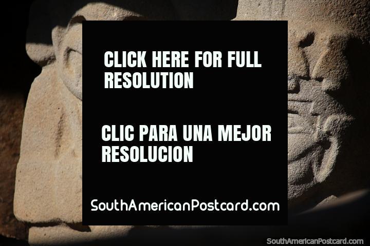 Estatuas megalíticas agrupadas, esculturas antiguas en el Parque Arqueológico de San Agustín. (720x480px). Colombia, Sudamerica.