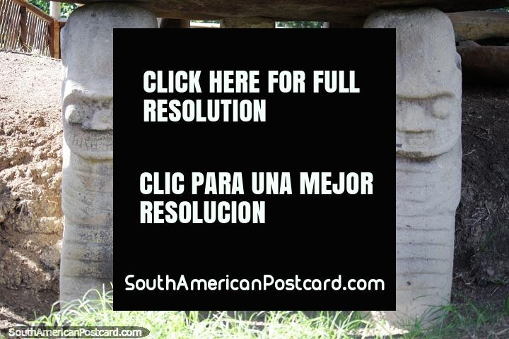 Parque Arqueológico de San Agustín, a maior descoberta de monumentos funerários e estátuas de pedra esculpida da América do Sul. (720x480px). Colômbia, América do Sul.